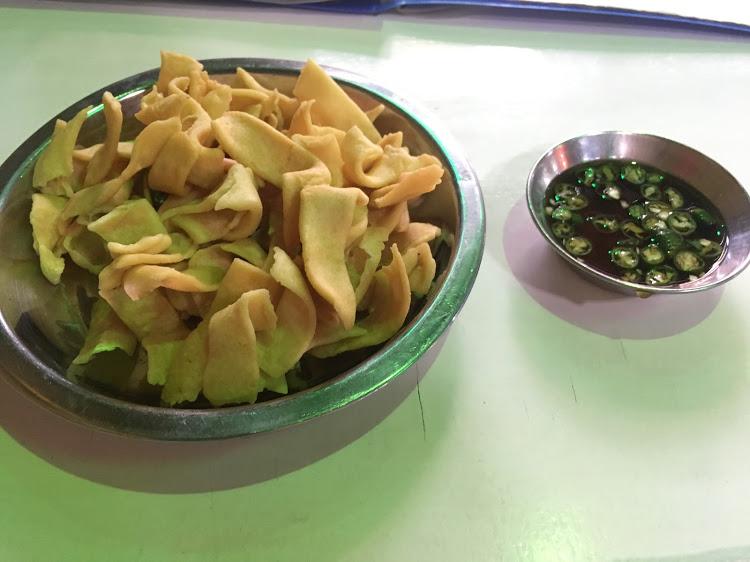 ミャンマー料理 Sin Yaw Restaurant