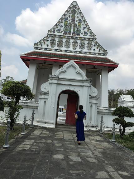 バンコク 寺院 服装