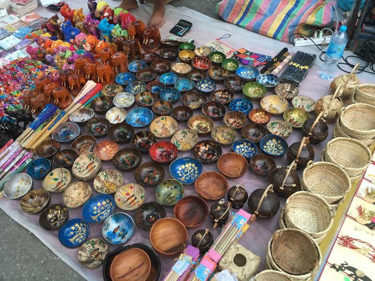ルアンパバーン観光スポット ナイトマーケット