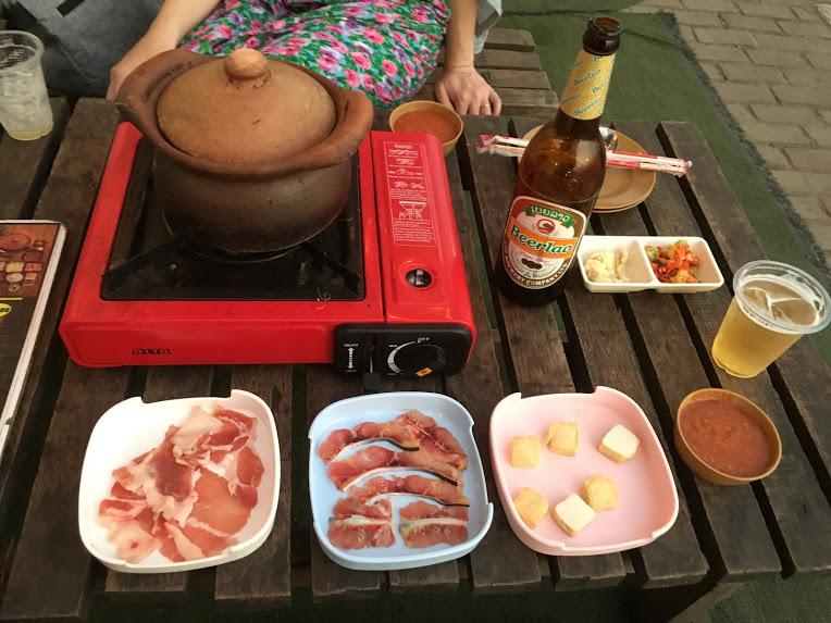 ラオス 食事 鍋